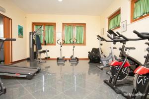 sala fitness hotel rodi garganico